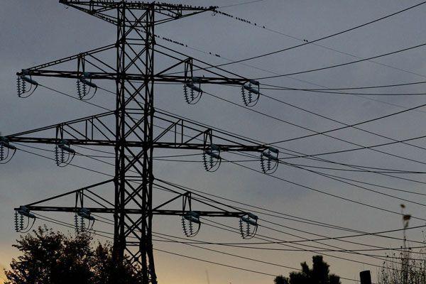 Je suis contre la privatisation d'Hydro One. L'électricité est un bien... (ARCHIVES)