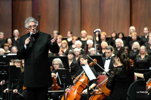 Le chef d'orchestre StéphaneLaforesta voulu rendre hommage au... (Imacom, Julien Chamberland)