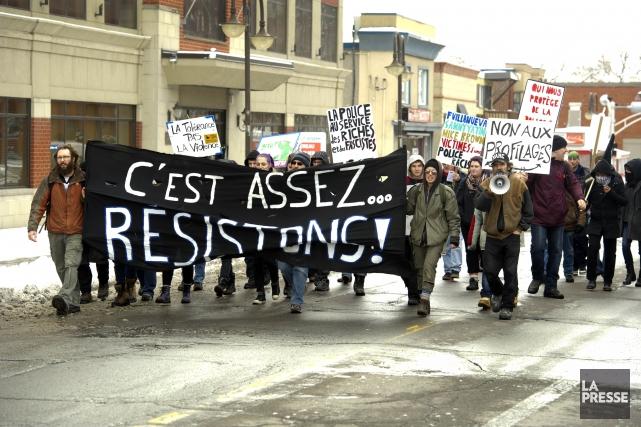 La manifestation annuelle du Collectif opposé à la brutalité policière s'est... (Archives La Presse)