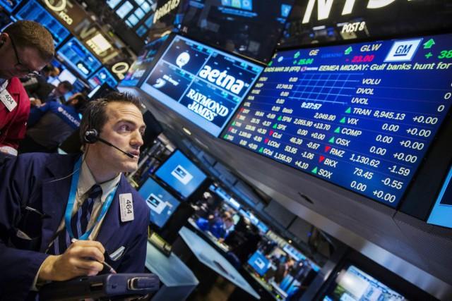 Le marché obligataire était en hausse. Vers 16h15,... (PHOTO LUCAS JACKSON, REUTERS)