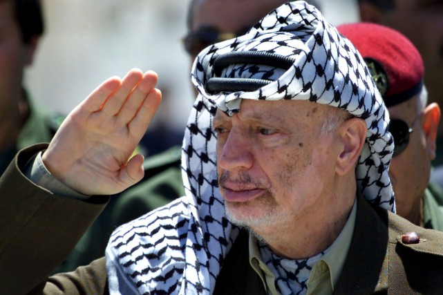 Yasser Arafat... (PHOTO SUHAIB SALEM, ARCHIVES REUTERS)