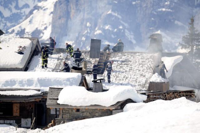 Selon la gendarmerie, qui mène une enquête sur... (PHOTO JEAN-PIERRE CLATOT, AFP)