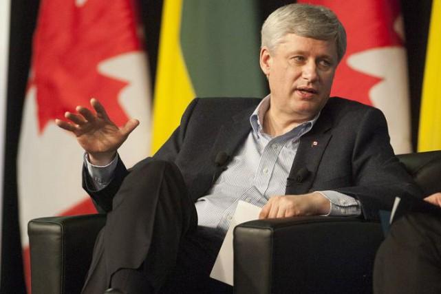 Le premier ministre Harper veut permettre aux gens des régions rurales le droit... (La Presse Canadienne, Liam Richards)