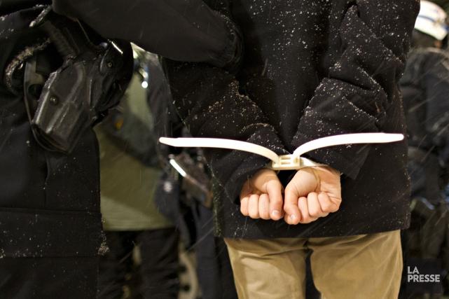 Les policiers de la SQ d'Arthabaska ont procédé à l'arrestation de trois... (Archives La Presse)