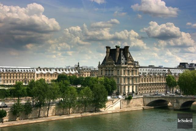 Le Louvre accueille des millions de visiteurs chaque... (Photothèque Le Soleil)