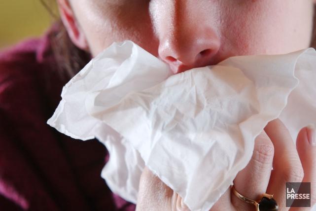 Bien des Québécois continuent d'avoir la grippe même si le printemps est à nos... (Archives La Presse)