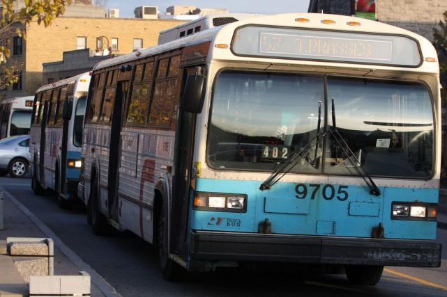 Dix autobus Classic - un modèle qui ne... (Archives, LeDroit)