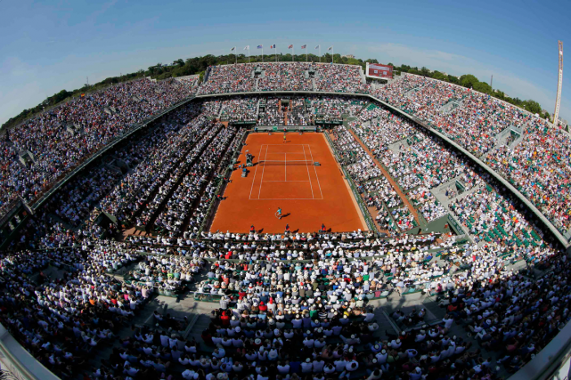 Le court Philippe-Chartier du complexe de tennis Roland-Garros.... (Photo Stephane Mahe, archives Reuters)
