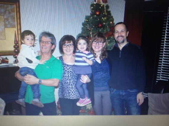 De droite à gauche, Jose, son épouse Claudia,... (Photo fournie par l'auteur.)