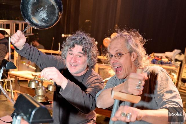Le chef d'orchestre Philippe Lagüe (à droite) et... (Le Soleil, Erick Labbé)