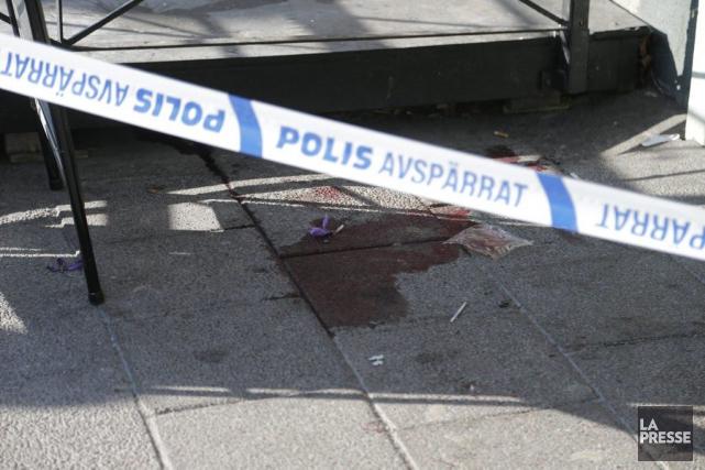 La police a ouvert une enquête pour meurtre... (PHOTO ADAM IHSE, ASSOCIATED PRESS)