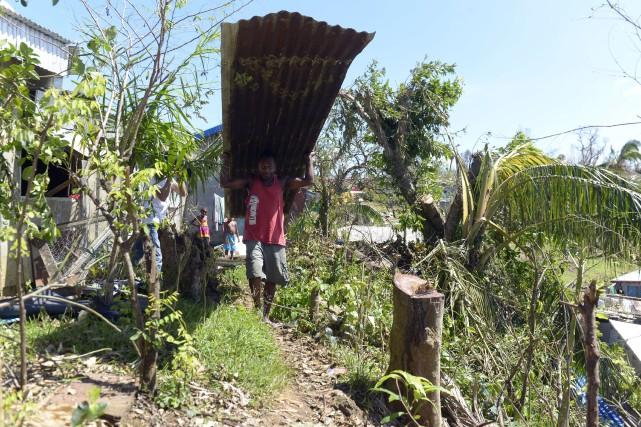 Certains sinistrés n'ont toujours pas été secourus dans l'archipel de Vanuatu,... (PHOTO FRED PAYET, AFP)