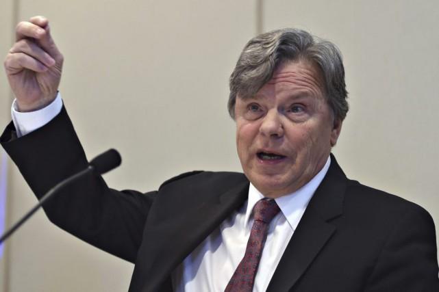 Le Commissaire à la santé, Robert Salois.... (La Presse Canadienne, Jacques Boissinot)