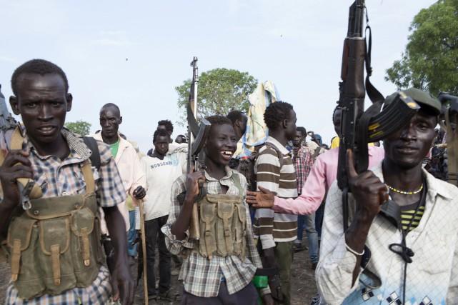 Les rebelles fidèles à l'ancien vice-président Riek Machar... (PHOTO ARCHIVES AFP)