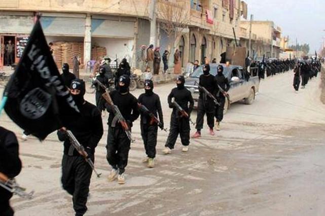 Les 31 mouvements sympathisants au groupe État islamique... (PHOTO AP/GROUPE ÉTAT ISLAMIQUE)