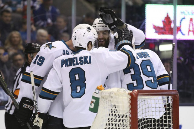 Logan Couture a marqué un but et ajouté une passe, et les Sharks de San Jose... (Photo USA Today Sports)