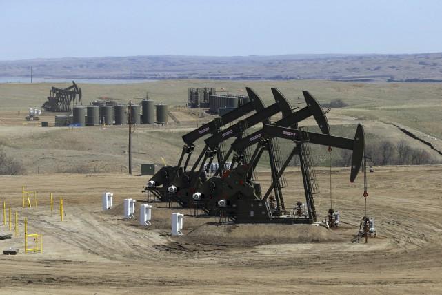 Les prix du pétrole ont nettement rebondi vendredi, bénéficiant d'un accès de... (PHOTO ARCHIVES THE NEW YORK TIMES)