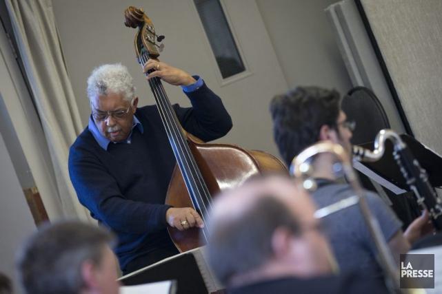 Le contrebassiste Rufus Reid et le Jazzlab Orchestra... (Photo: Ivanoh Demers, La Presse)