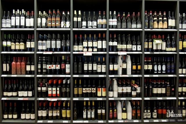 Certains vins sont embouteillés au Québec et la... (PHOTOS ARCHIVES LA PRESSE)