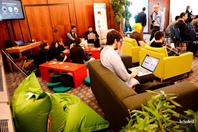 Les organisateurs du Web à Québec, membre de... (Le Soleil, Erick Labbé)