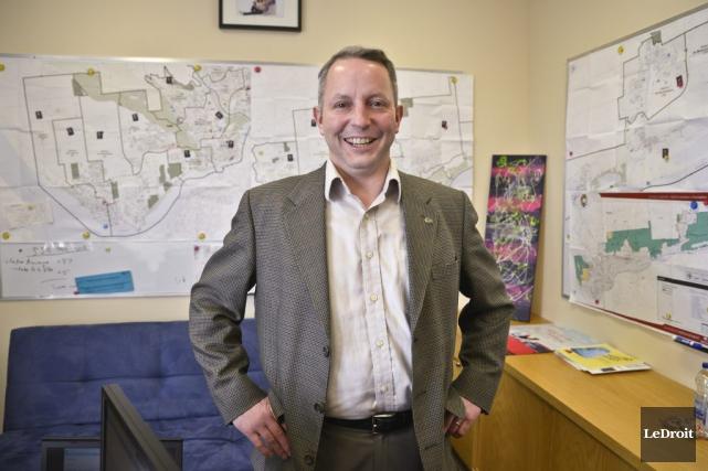 Le conseiller Mike Duggan a réussi a se... (Martin Roy, LeDroit)
