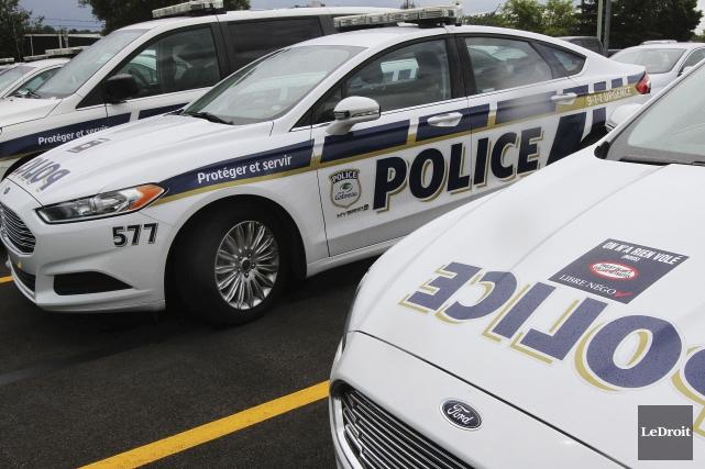 Les policiers de Gatineau se creusent les méninges pour comprendre les motifs... (Archives, LeDroit)