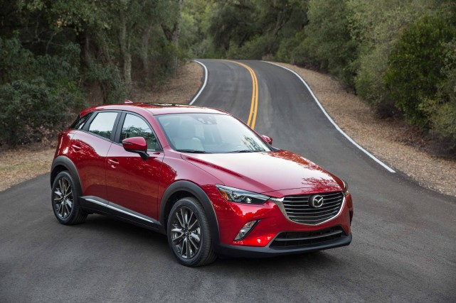 Le Mazda CX-3... (Photo fournie par Mazda)