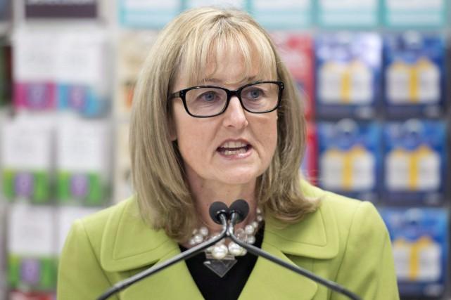 Lucie Tedesco, commissaire de l'Agence de la consommation... (Photo Adrian Wyld, archives La Presse Canadienne)