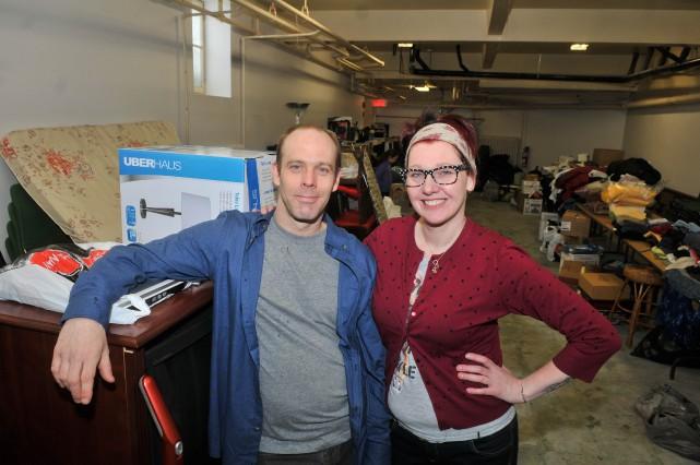 Martin Bergeron et Valérie Gagné, respectivement sinistré et... (Photo: Émilie O'Connor)