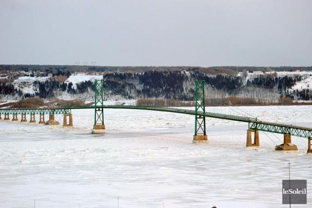 Le pont de l'île d'Orléans a été construit... (Photothèque Le Soleil, Patrice Laroche)