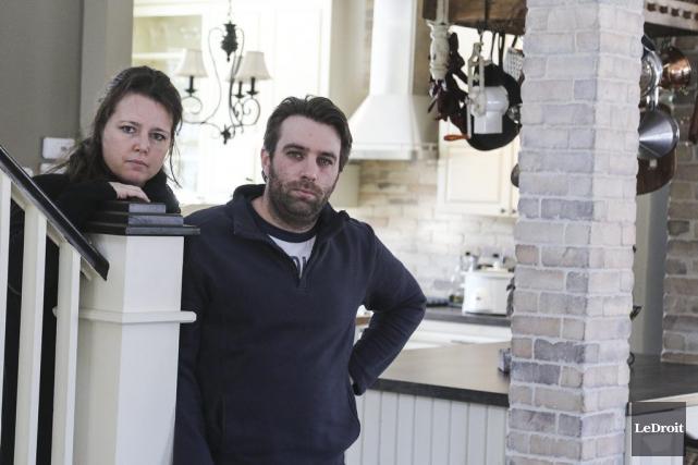 Nathalie Rheault et Rémi-Paul Duval ressortent amers de... (Patrick Woodbury, LeDroit)