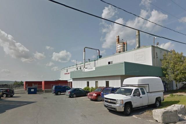 L'usine Royal Mat est située au132, 181e Rue... (Google Street View)