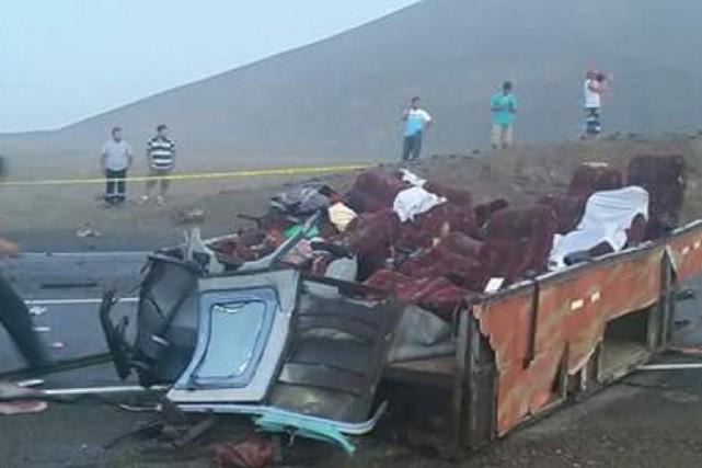 Au moins 37 personnes ont trouvé la mort... (PHOTO AMÉRICA NOCTICIAS)