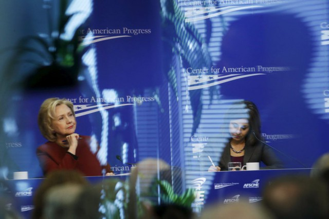 Hillary Clinton a participé à une conférence au Center... (PHOTO KEVIN LAMARQUE, REUTERS)