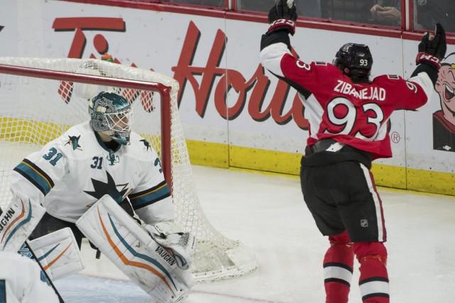 Mika Zibanejad a signé deux buts alors que les Sénateurs d'Ottawa ont ravi la... (Photo: Reuters)