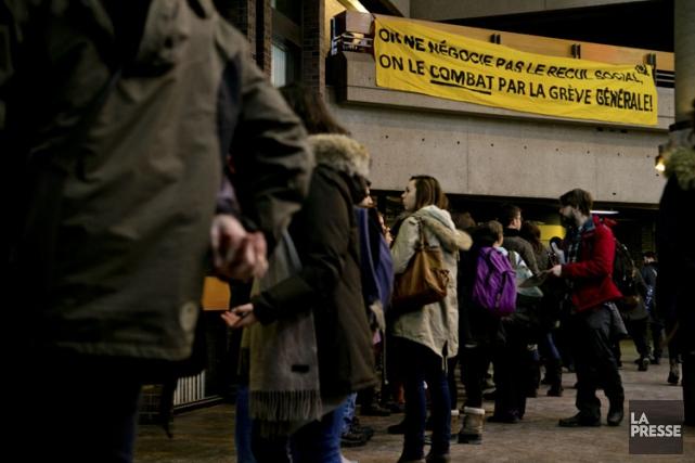 Les étudiants passibles de suspension ou d'expulsion sont... (PHOTO DAVID BOILY, ARCHIVES LA PRESSE)