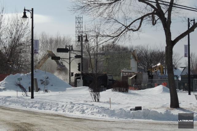 Le centre-ville de Lac-Mégantic perd un dernier joyau avec la démolition de la... (La Tribune, Ronald Martel)