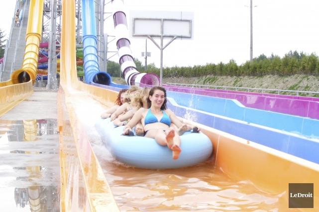 Jugeant le parc aquatique Calypso mal adapté aux plus petits et inquiets en... (Archives, LeDroit)
