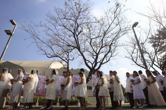 Les voeux de mariage sont considérés comme un... (Photo Romeo Ranoco, Reuters)