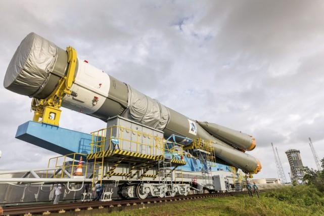 Une fusée russe Soyouz emportant deux nouveaux satellites... (PHOTO JODY AMIET, ARCHIVES AGENCE FRANCE-PRESSE)