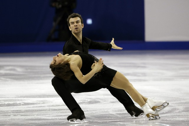 Meaghan Duhamel et Eric Radford... (PHOTO ARCHIVES AP)