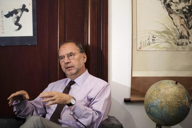 Le docteur Peter Piot est le lauréat du... (Photo David Azia, La Presse Canadienne)