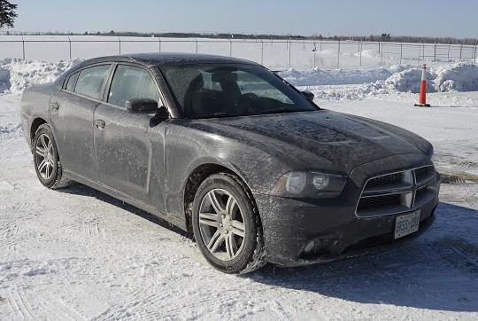 De nouvelles images d'une Dodge Charger noire que l'on croit liée au meurtre de... (Courtoisie)