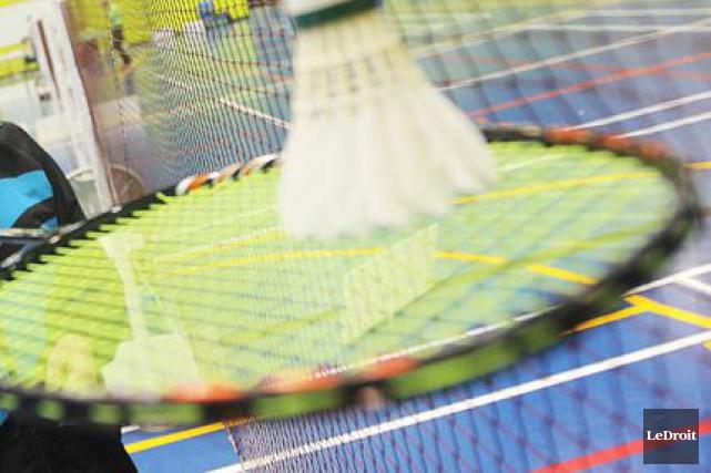 Un homme de 55 ans qui a perdu un oeil en jouant au badminton n'a pas eu gain... (PHOTO ARCHIVES LE DROIT)