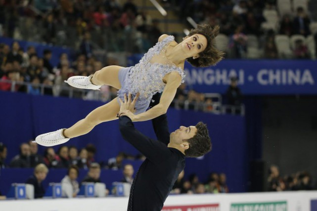 Les Canadiens Meaghan Duhamel et Eric Radford ont offert un programme court... (Associated Press)