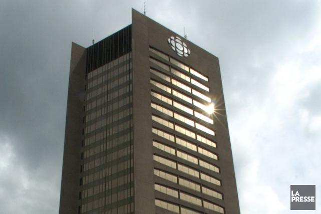 Une centaine de postes additionnels du réseau français de Radio-Canada, dont... (Photo: Rémi Lemée, Archives La Presse)