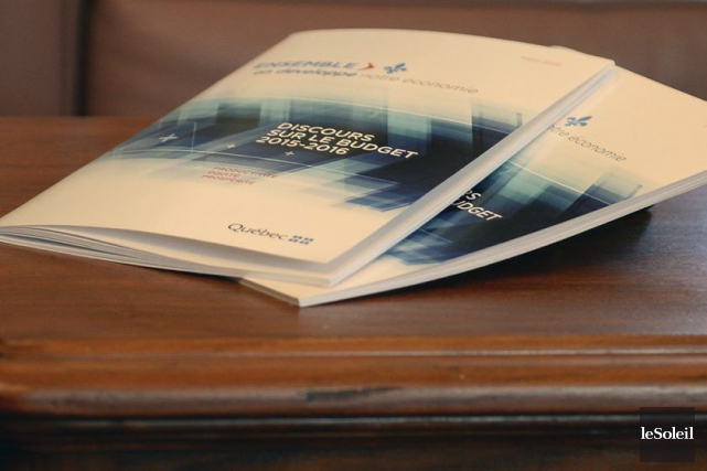 Le gouvernement Couillard prévoit réduire le fardeau fiscal des entreprises... (Photo Erick Labbe, Le Soleil)