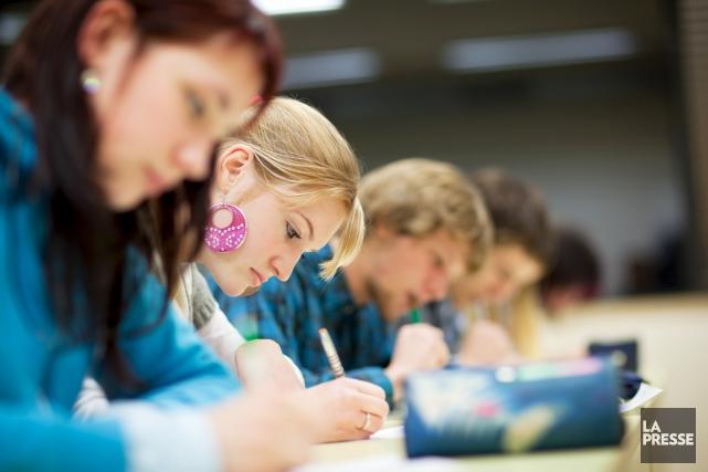 Les commissions scolaires estiment faire face à des... (Photo d'archives)