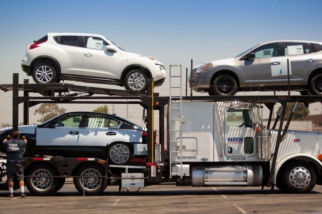 Les États-Unis ont confirmé vendredi le léger tassement de leur croissance... (PHOTO ARCHIVES BLOOMBERG)