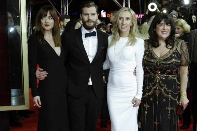 Les acteurs Dakota Johnson et Jamie Dornan, la... (Photo: archives AP)